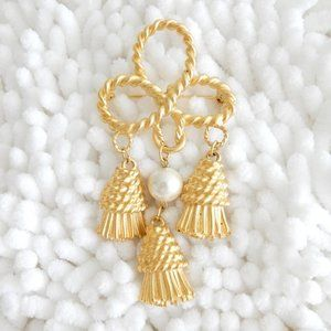 Antique Gold and Pearl Tassel Brooch